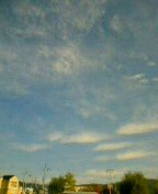 昨日の洛北の青空。
