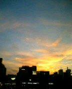 昨夕、三条の空。