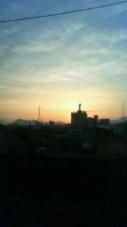 今朝の車窓から。