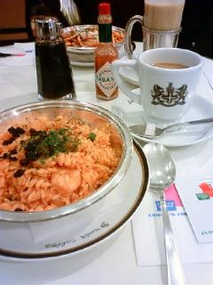 イノダコーヒで昼食。